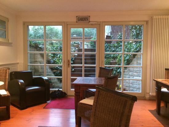 Honigmond Garden Hotel: Garden breakfast dining room