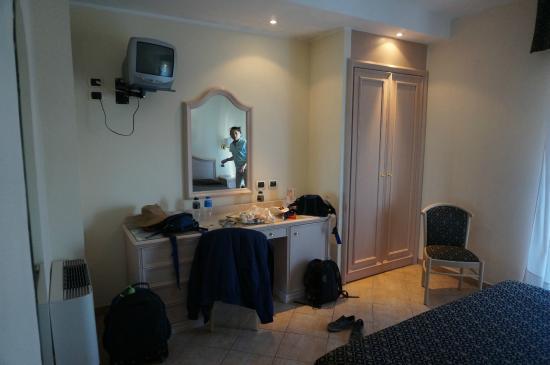 Sant Alphio Garden Hotel & Spa: Room