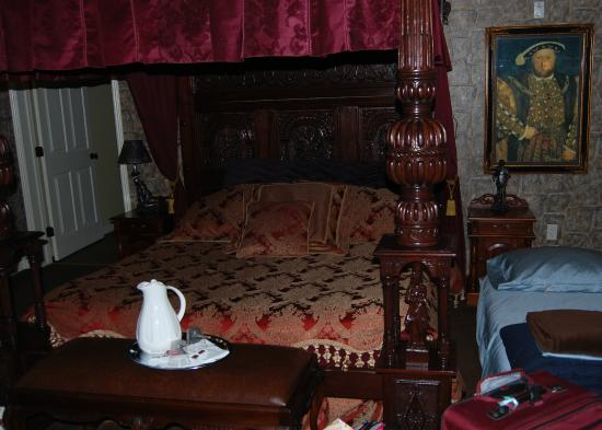 Lions Gate Manor: The Bed