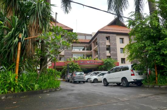 Parking Picture Of Bali World Hotel Bandung Tripadvisor