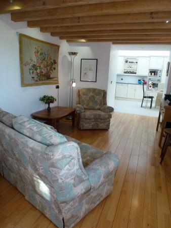 Thatch Close Farm B&B : Valley View self catering Sitting room