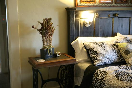 The Panguitch House : Mountain View Room