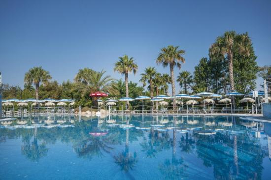 Grand hotel riviera cdshotels santa maria al bagno italy reviews photos price - Hotel sara santa maria al bagno ...