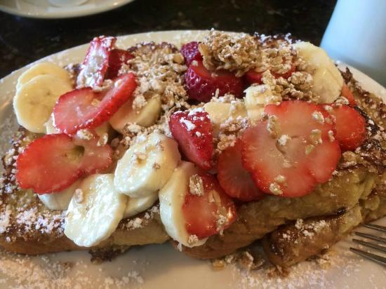 Comfi: Crunchy french toast with added strawberry