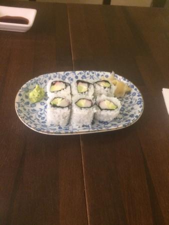 Hazuki Japanese Restaurant: California rolls