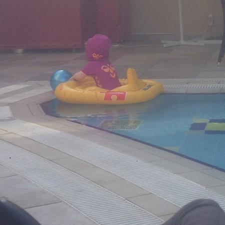 Okan Tower Apart Hotel : Børne poolen