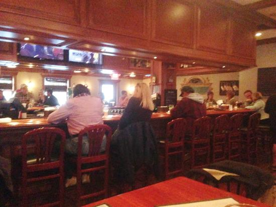 Oyster Bay Restaurant & Bar: Bar View