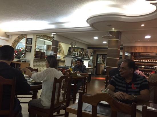 Restaurante e Pizzaria Casarão Da XV: Ambiente
