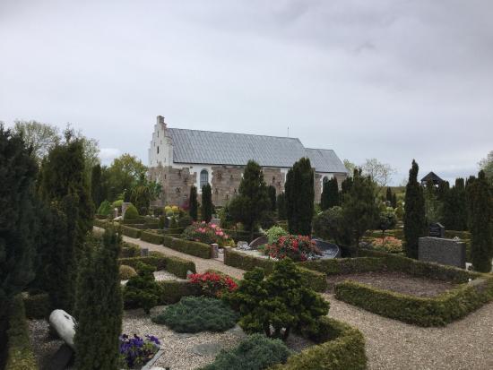 Sindal, Denmark: Mosbjerg Kirke
