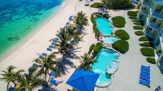 Wyndham Reef Resort: Pull Up A Lounge Chair