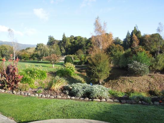 Patons Rock, Yeni Zelanda: Gardens