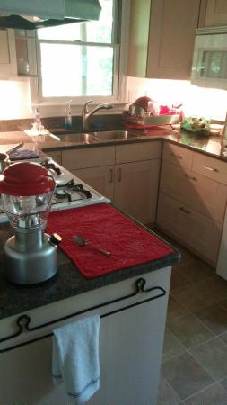 Dyke, VA: Kitchen