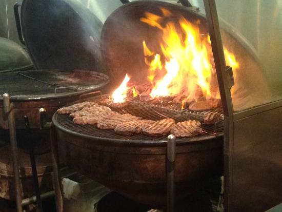 apple pie picture of weber grill restaurant chicago tripadvisor. Black Bedroom Furniture Sets. Home Design Ideas