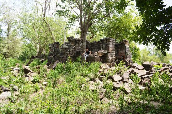 Angkor Guide Sarak