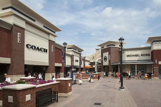 More than two-thirds of the outlet mall's discounted brands will compete with full-priced versions at Mall of America, including Ann Taylor, Armani, Banana Republic, Carter's, Chico's, Coach, Cole Haan, Helzberg Diamonds, J. Crew, Janie & Jack, Michael Kors, Nike, Steve Madden, Torrid, Vera Bradley and .