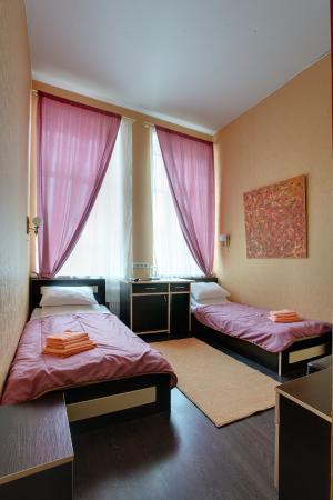 Ra Nevsky 102 Hotel