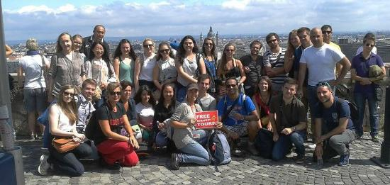Free Budapest Tours & Multilingual Guides