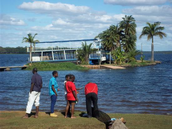 lake chivero zimbabwe Hotels near lake chivero recreational park, harare on tripadvisor: find 2,986 traveller reviews, 1,365 candid photos, and prices for 14 hotels near lake chivero.
