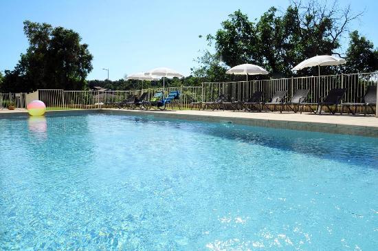 Piscine ext rieure photo de nemea appart 39 hotel residence - Sophia antipolis piscine ...