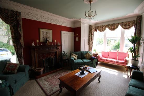Moorfield House: Puiblic room