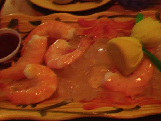 Cafe on the Beach at The Palms Resort : Gulf shrimp on ice...mmmm.