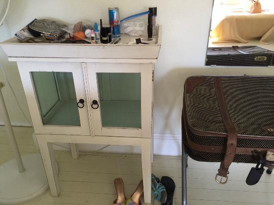 Adora Inn: Bedroom Table