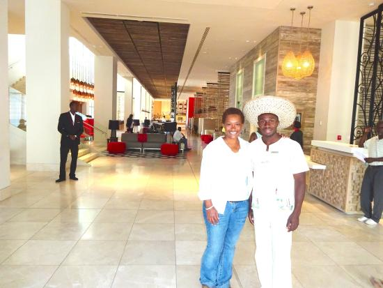 Marriott Port Au Prince Hotel Doorman At Foyer Of This Grand