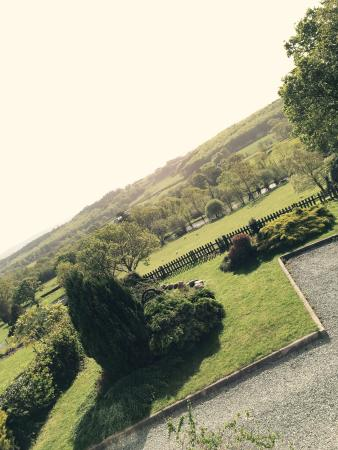 Coed Mawr Hall and Cottages Photo