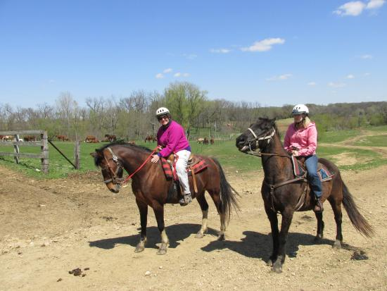 Oregon, IL: On the trail at White Pines Ranch