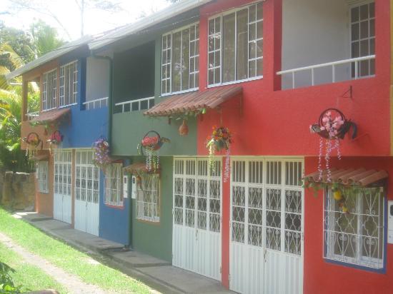 Fachada casas de 3 habitaciones picture of casas for Fachadas de casas campestres