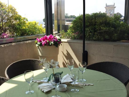 Hotel Savoy: Restaurant & Terraces