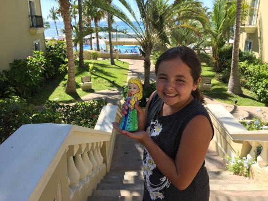 Pueblo Bonito Emerald Bay Resort & Spa: It's Elsa!