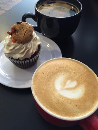 392 Caffé
