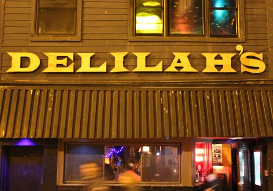 Photo of Restaurant Delilah's at 2771 N Lincoln Ave, Chicago, IL 60614, United States