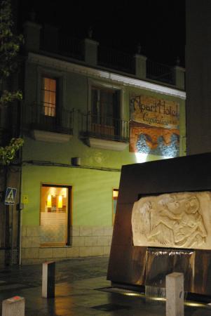 Aparthotel Capitolina: Outside