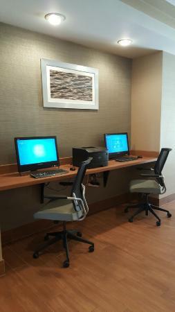 SpringHill Suites Chicago Southwest at Burr Ridge/Hinsdale : Business Center