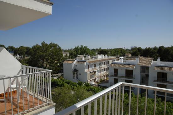 Apartamentos Ferrer Tamarindos : View from balcony