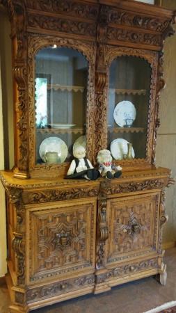 Hotel Brimer : un des beaux meubles d'un couloir !!!!