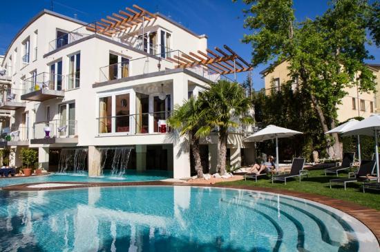 Lagoon Pool Picture Of Color Hotel Bardolino Tripadvisor