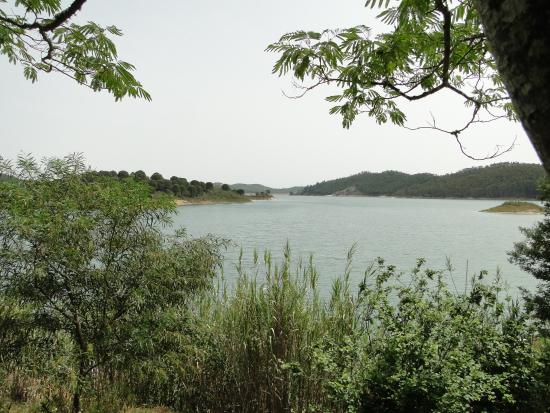 Santa Clara a Velha, Portugalia: lake views