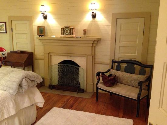 The Buck House Inn on Bald Mountain Creek : Dreamdale Suite