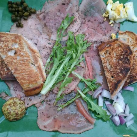 Dada: Beef Carpacio