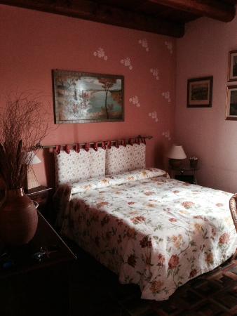 Alla Cascina Baresane: Camera da letto