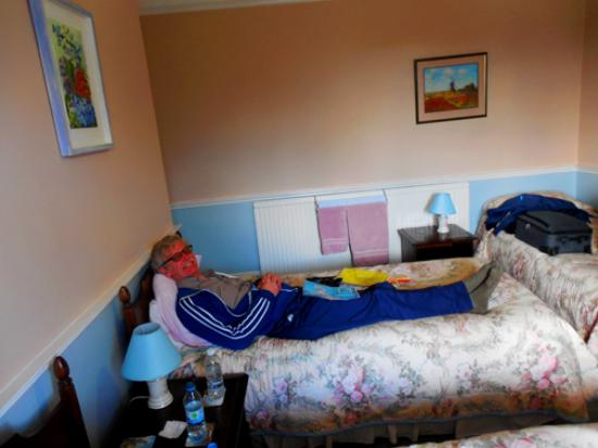 B&B at the Fieldings: Resting after a long day walking the town!