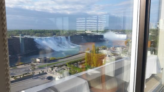 Views Room Picture Of Crowne Plaza Niagara Falls