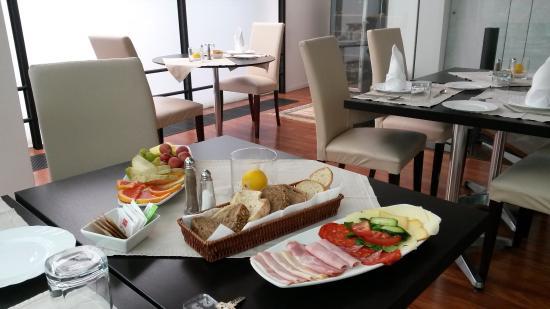 Hotel President Pantovcak: photo1.jpg
