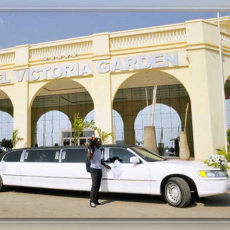 Hotel Ritz Victoria Garden: Dentro e fora do hotel, muito  lindo! Parabéns...