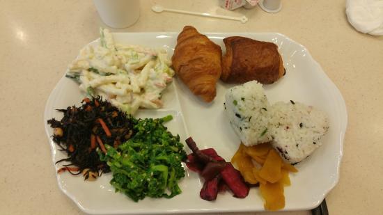 Toyoko Inn Yamanote Line Otsuka Station North Entrance 2: Breakfast