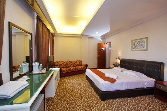 terrible stay review of garden hotel batu pahat malaysia rh tripadvisor com my