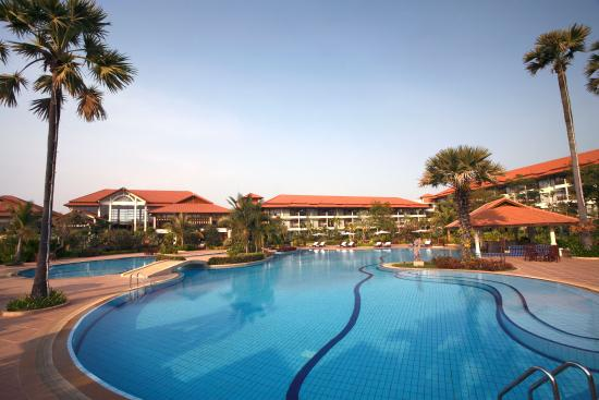 Angkor Palace Resort & Spa: Swimming Pool
